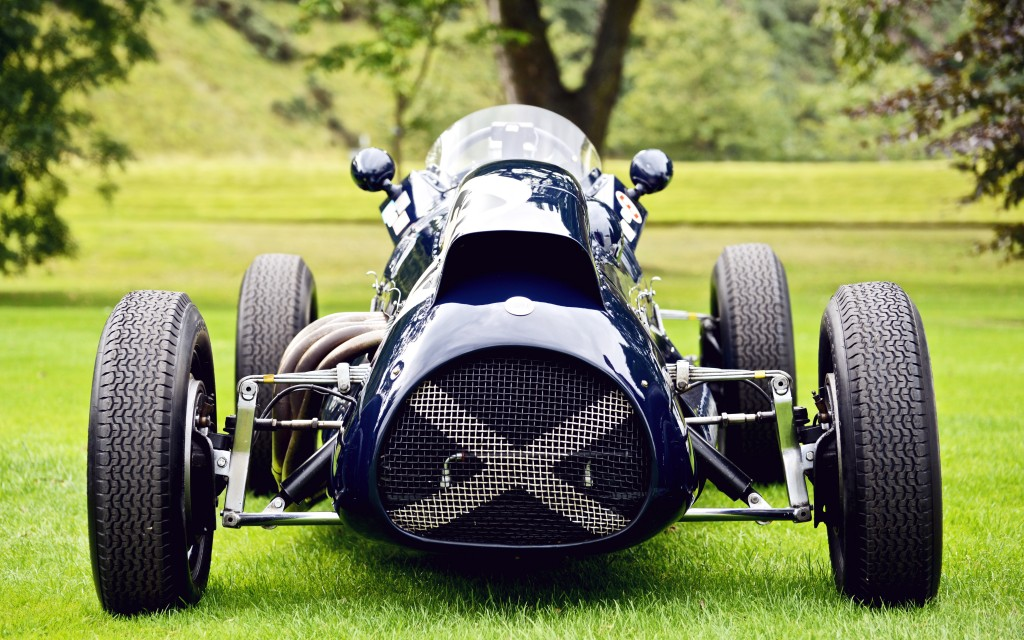 Hollyrood Palace Concours 15
