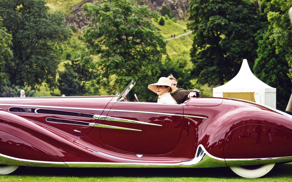 Hollyrood Palace Concours 18
