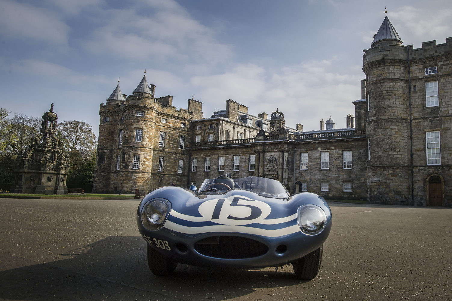 CONCOURS OF ELEGANCE CELEBRATES ECURIE ECOSSE RACING TEAM WITH WORLD-FIRST FEATURE AT 2015 EVENT