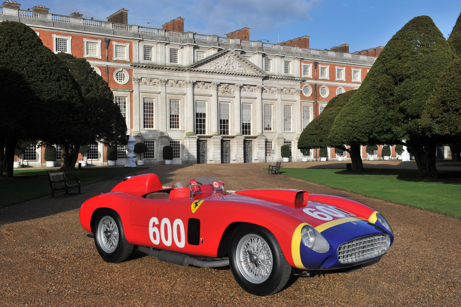 Hampton Court Palace Venue and Dates Announced for the 2014 Concours of Elegance
