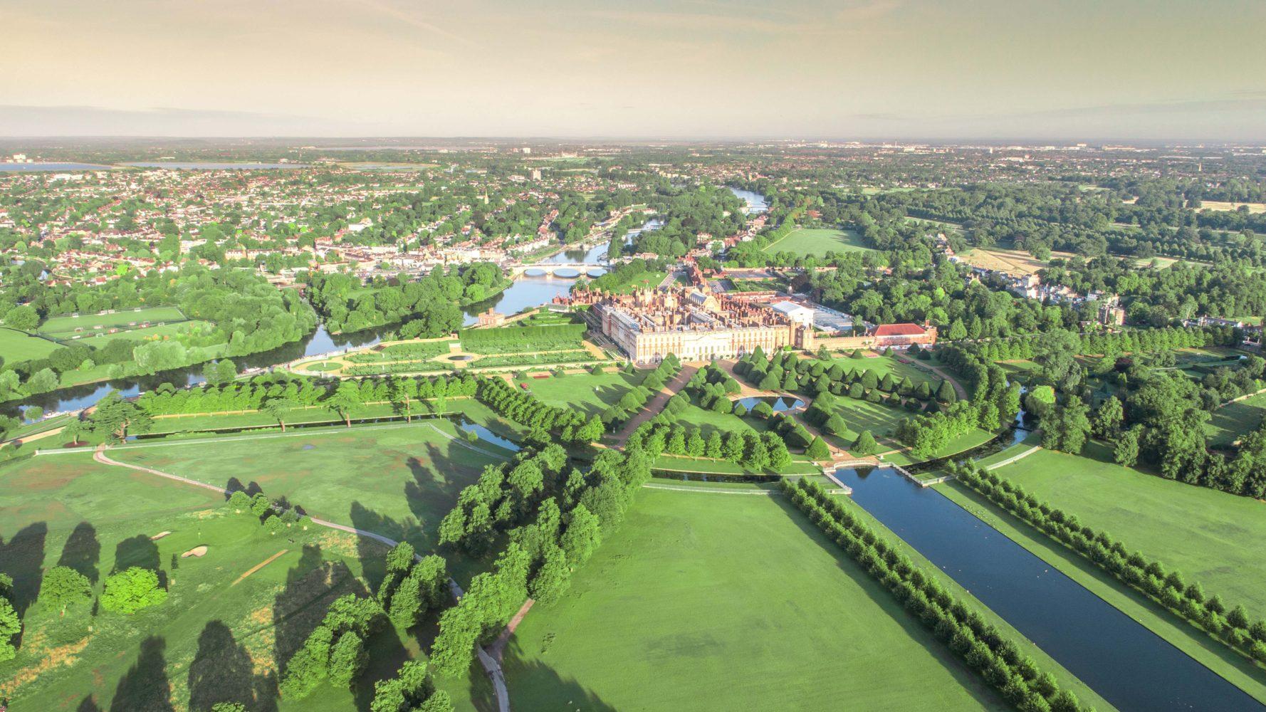 Hampton Court Palace Gardens (1)