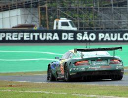 Aston Martin DBR9/01